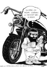 Il portant un kebab, et des bottes de moto